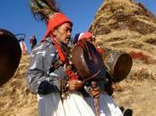 Das Ritual der Schamanen an den spirituellen Kraftplätzen des Himalaya